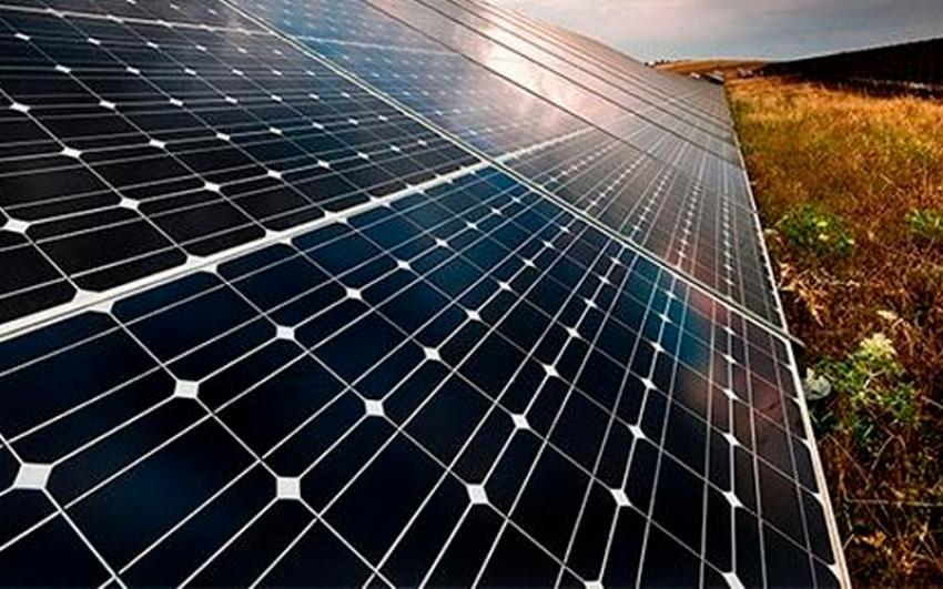 Evaluación del efecto de la polución ambiental en la generación de una planta fotovoltaica