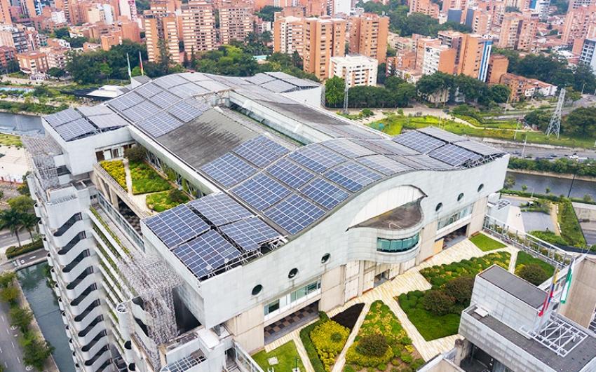 Edificio EPM estrena sistema de autogeneración solar