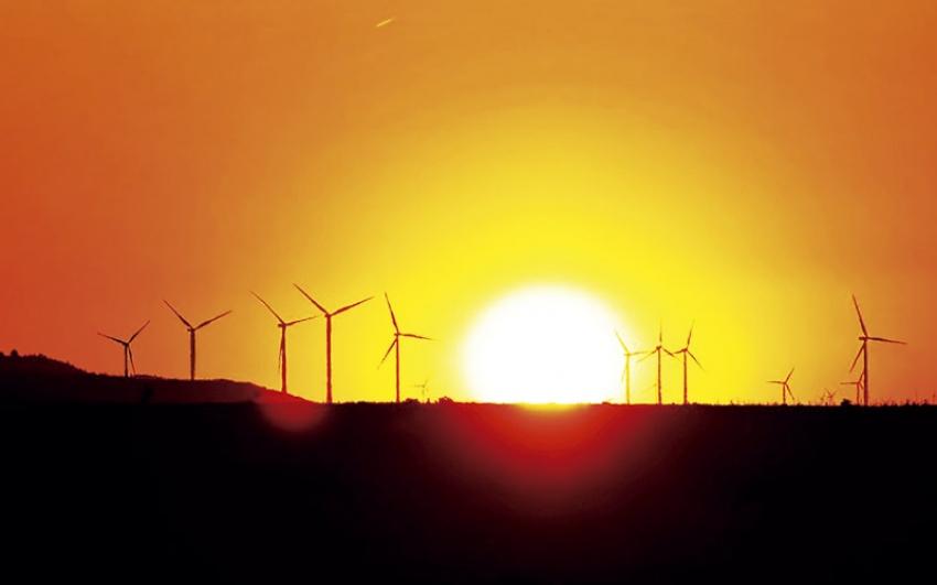 Otorgadas licencias ambientales a ocho proyectos eólicos en la Guajira.