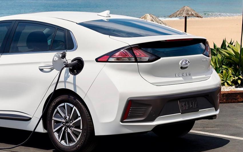 Vehículos eléctricos superan las calificaciones de GreenerCars en 2021