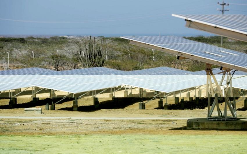 La energía del sol ilumina cerca de 400 hogares de La Alta Guajira