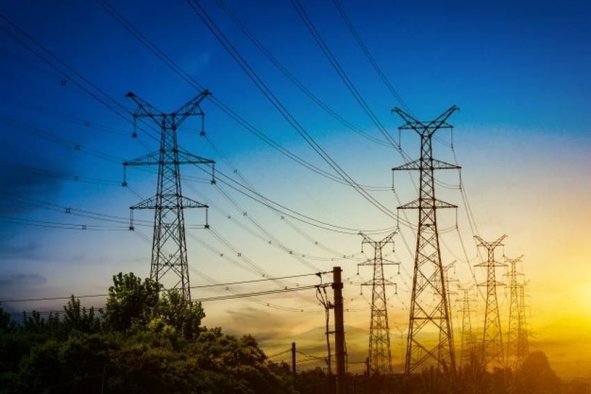 En el Perú, Abengoa construirá línea de transmisión de 220Kv para renovables.