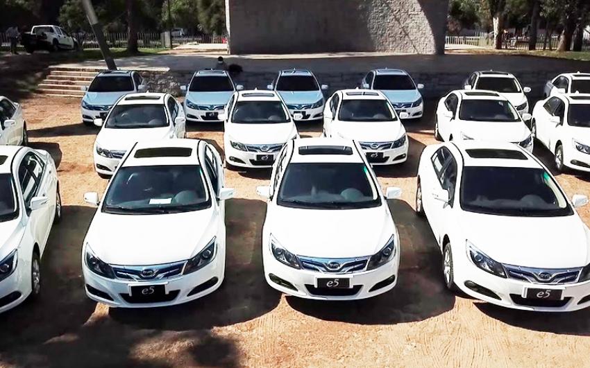Ministerio de Energía de Chile lanza programa para cambio de taxis a eléctricos